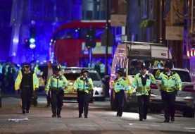 Furgoneta atropella peatones en el Puente de Londres