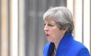 Partido Theresa May pierde mayoría en Parlamento británico