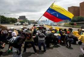 Convocan a huelga general en Venezuela