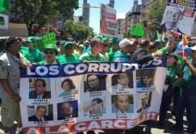 Más de cinco mil dominicanos en NY participaron Marcha Verde