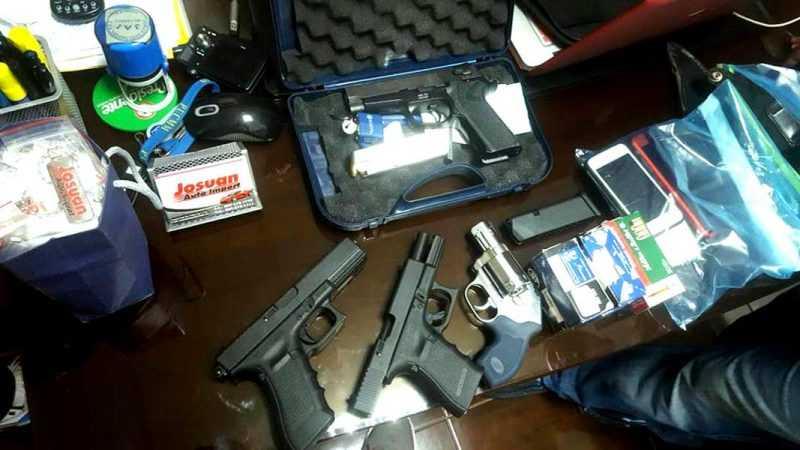 Comerciante y un hermano acusados de tráfico ilegal de armas
