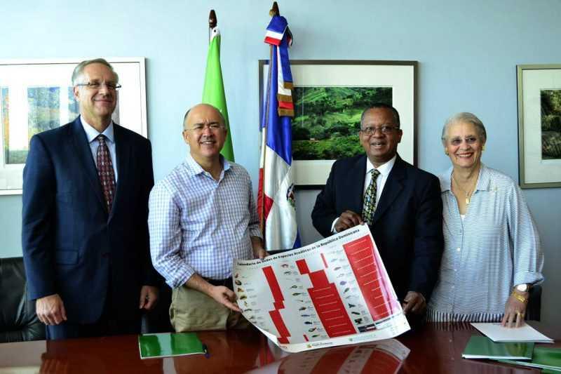 Medio Ambiente establece zonas de exclusión pesquera en Bahía de Samaná