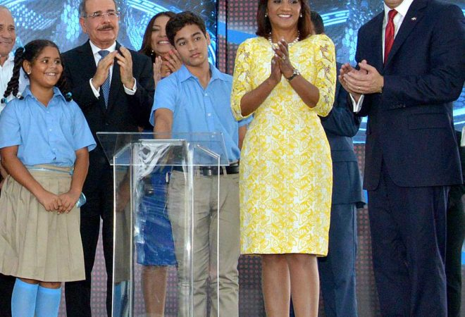 Presidente Medina deja iniciado año escolar