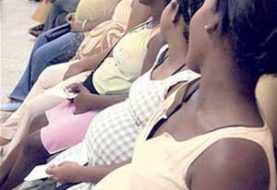 Llevan a hospitales de Santiago 25 haitianas embarazadas