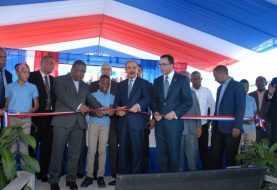 Presidente Medina entrega moderno centro educativo en Bahoruco