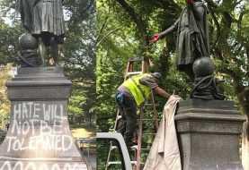 Tiñen de rojo manos estatua Cristóbal Colón en  Nueva York