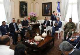 Danilo Medina dispone soluciones a comunidades afectadas por María