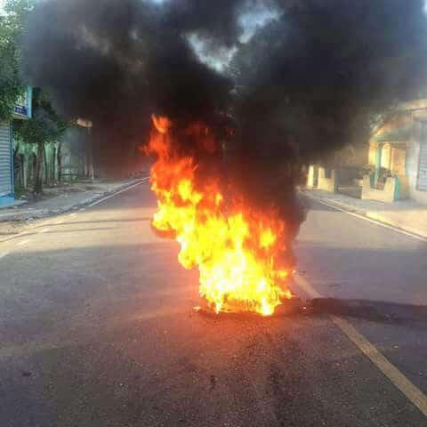 Grupos inician divididos protestas Licey al Medio y parte baja de Moca