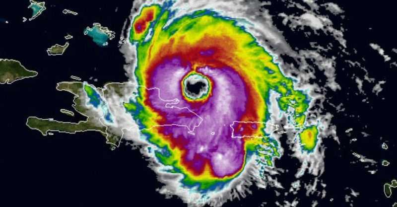Huracán María justo al noreste de Samaná como categoría 3