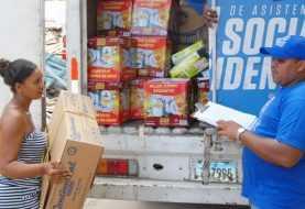 En Samaná y Nagua afectados por huracán Irma reciben ayuda del Gobierno