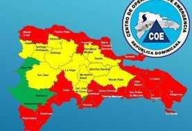 Educación suspende clases en 17 provincias en alerta roja