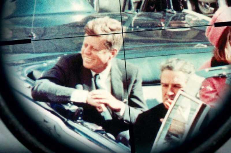 Trump publica documentos sobre asesinato de JFK, retiene otros