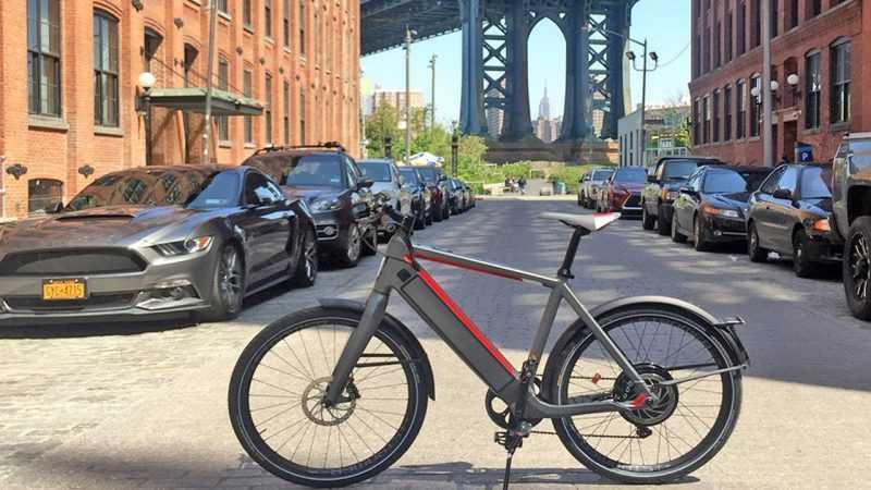 Dominicanos NY apoyan incauten y multen conduzcan bicicletas eléctricas