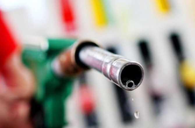 Aumentan precios de combustibles entre RD$1.20 y RD$4.10