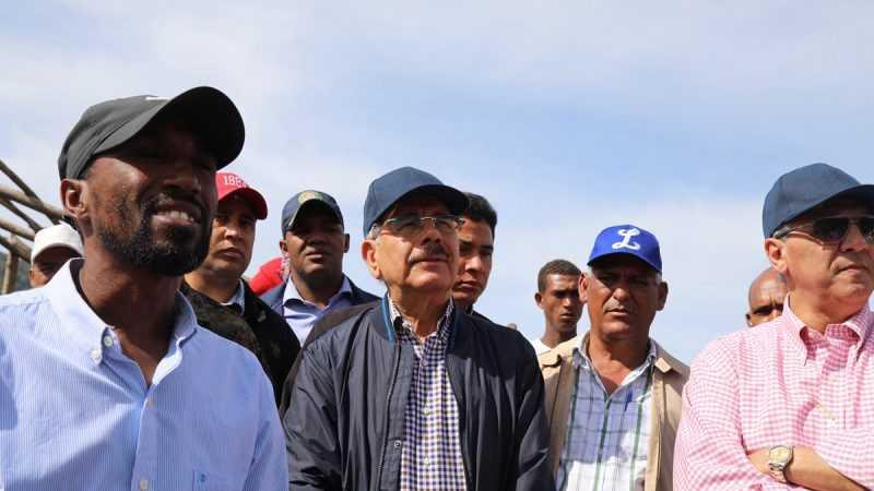 Danilo Medina supervisa proyectos de desarrollo agroforestal