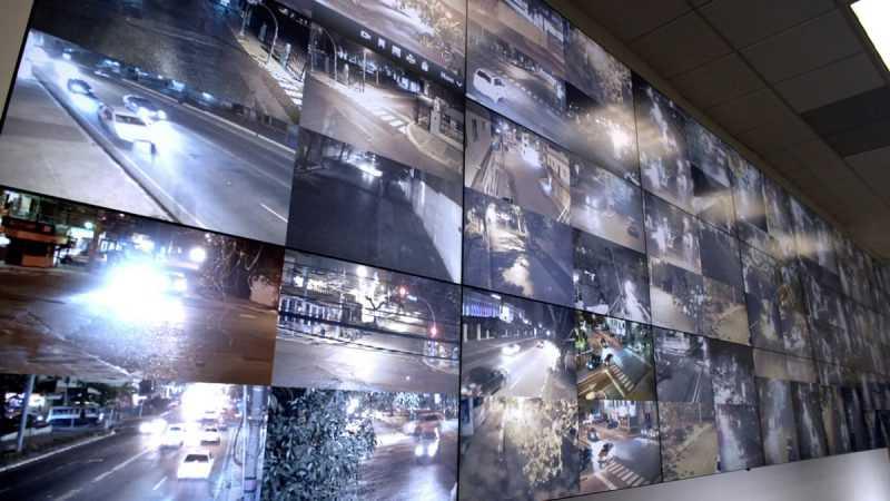 Continúa la instalación de cámaras de seguridad en el Gran Santo Domingo