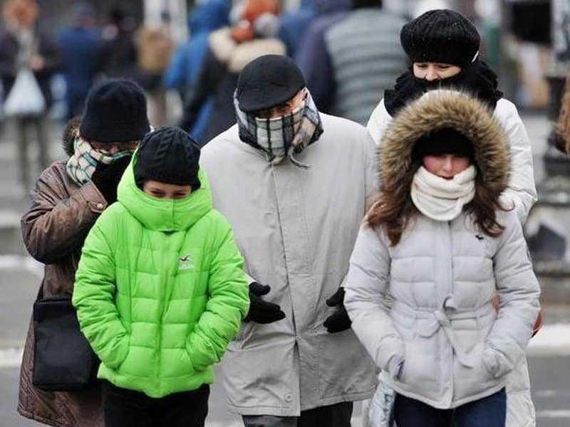 Dominicanos afectados por frío y nieve en EEUU