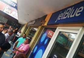 Inician proceso en contra de JetBlue por oferta de vuelos engañosa