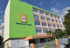 Trabajo logra acuerdo entre sindicato y ejecutivos de Punta Catalina
