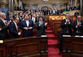 Parlamento catalán vota a favor de la independencia de España