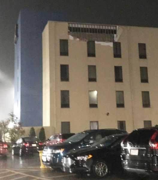 Posible tornado afectó hotel en Norman donde tocabaThe Beach Boys
