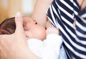 Grupos reclaman derecho de las madres a amamantar a sus hijos