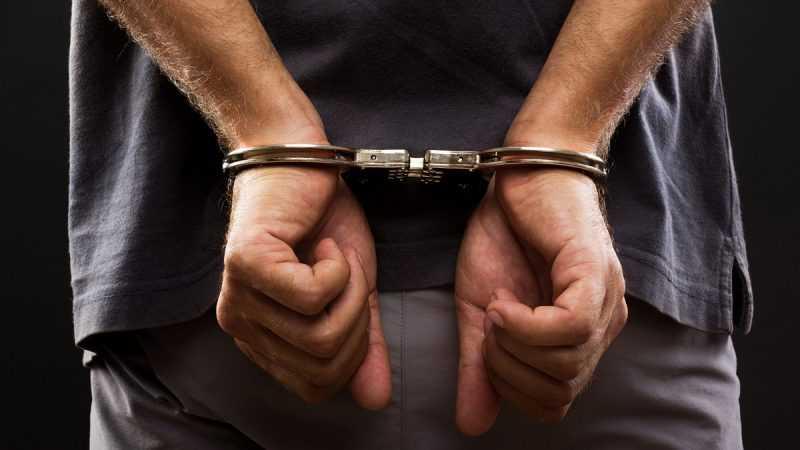 Arrestan hombre hirió pareja en SFM