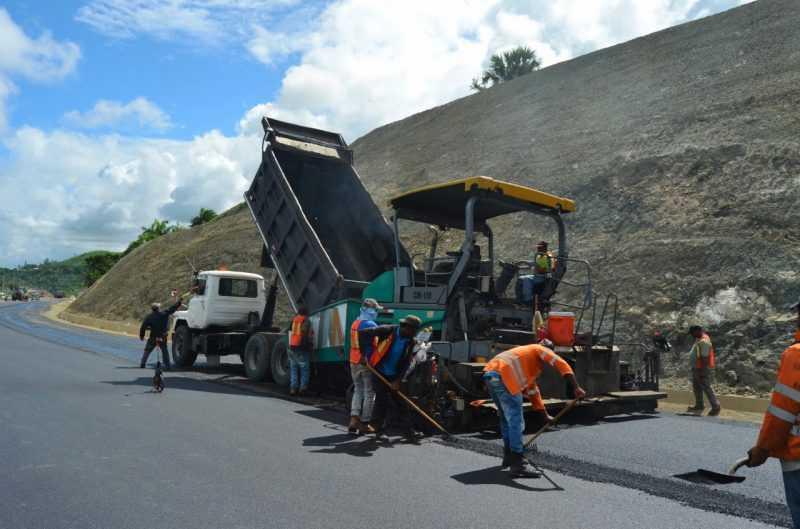 En dos meses estará concluido tramo carretera Navarrete-Puerto Plata