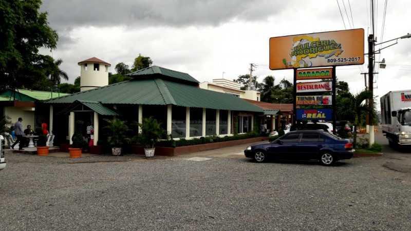 Bonao: Matan 2 vigilantes y roban cajero dulcería Rodríguez