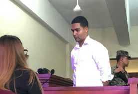 Ratifican prisión preventiva a Marlon Martínez por caso Emely Peguero