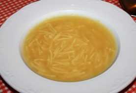 Niño muere,  otro resulta intoxicado al ingerir  sopa  envenenada