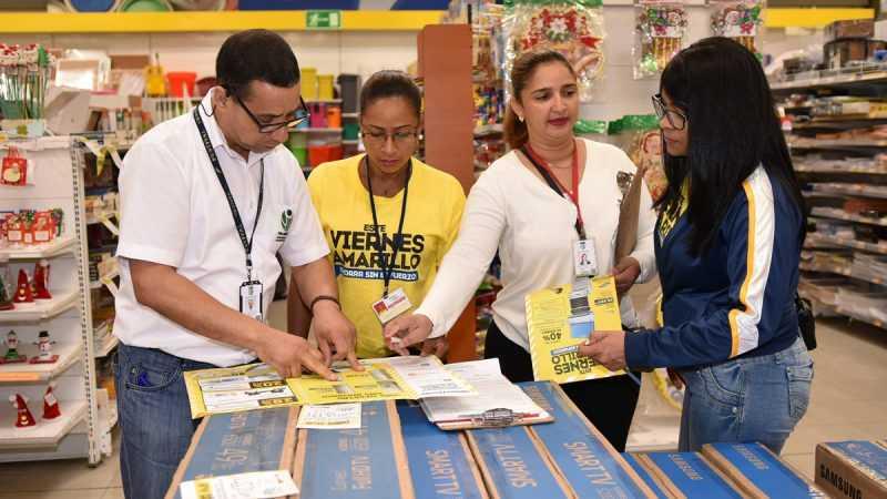 Viernes Negro: Pro Consumidor supervisa plazas comerciales