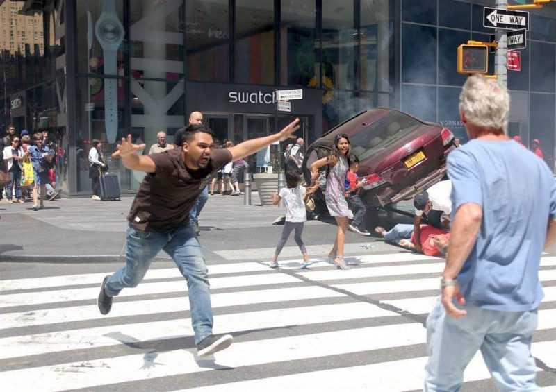 Alega locura dominicano mató turista y atropelló 22 en Times Square