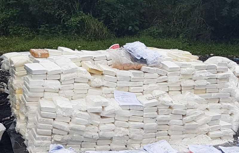 República Dominicana quema 2 toneladas de drogas