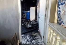 Fuego destruye tres viviendas en La Otra Banda de Santiago