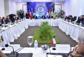 Inicia diálogo por la paz de Venezuela
