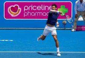 Tras lesión Djokovic regresa con contundente victoria