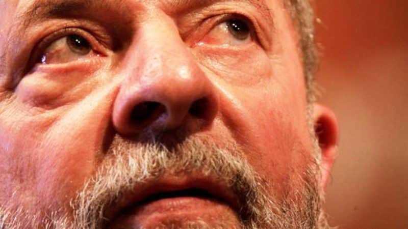 Expresidente Lula da Silva seguirá preso