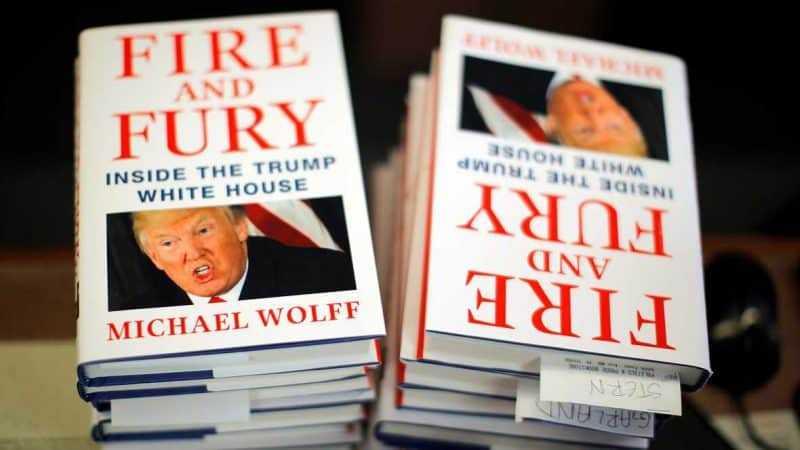 Autor de libro Trump contradice explicación Bannon
