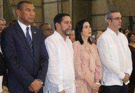 """Abinader dice es """"responsable y sensible"""" Carta Pastoral"""