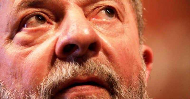 Tribunal ordena confiscar pasaporte a Lula