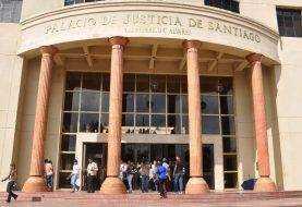 Condenan a 30 años hombre mató niña y mujer en Santiago