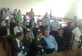 Caso Aduanas: Jueces descargan 3 y condenan tres