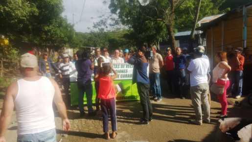 Comunitarios impiden acceso vertedero de Guazumal