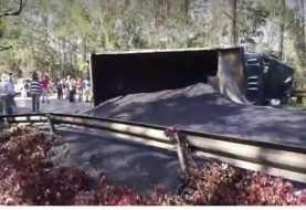 Dos personas heridas en un triple accidente en la carretera Jabaracoa-La Vega