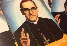Papa aprueba canonización de monseñor Romero