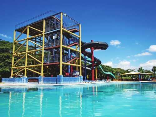 Adolescente se ahoga en Mundo Acuático Park de Santiago