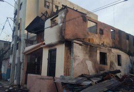 Pueblo Nuevo: Fuego destruye varias viviendas