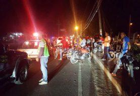 Hombre muere y adolescente resulta herida accidente de tránsito