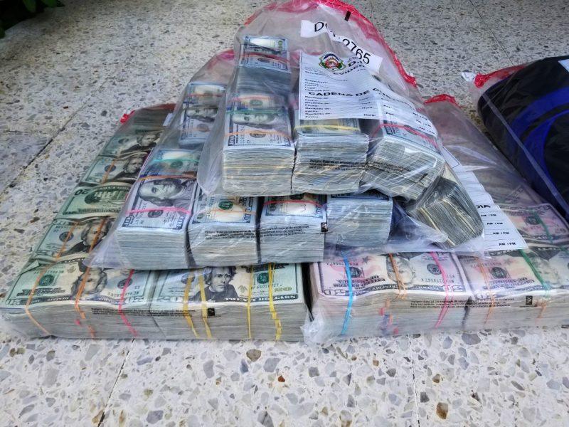 DNCD decomisa casi un millón de dólares
